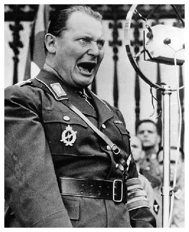 Ket tham cho tay sai dac luc cua trum phat xit Hitler-Hinh-4