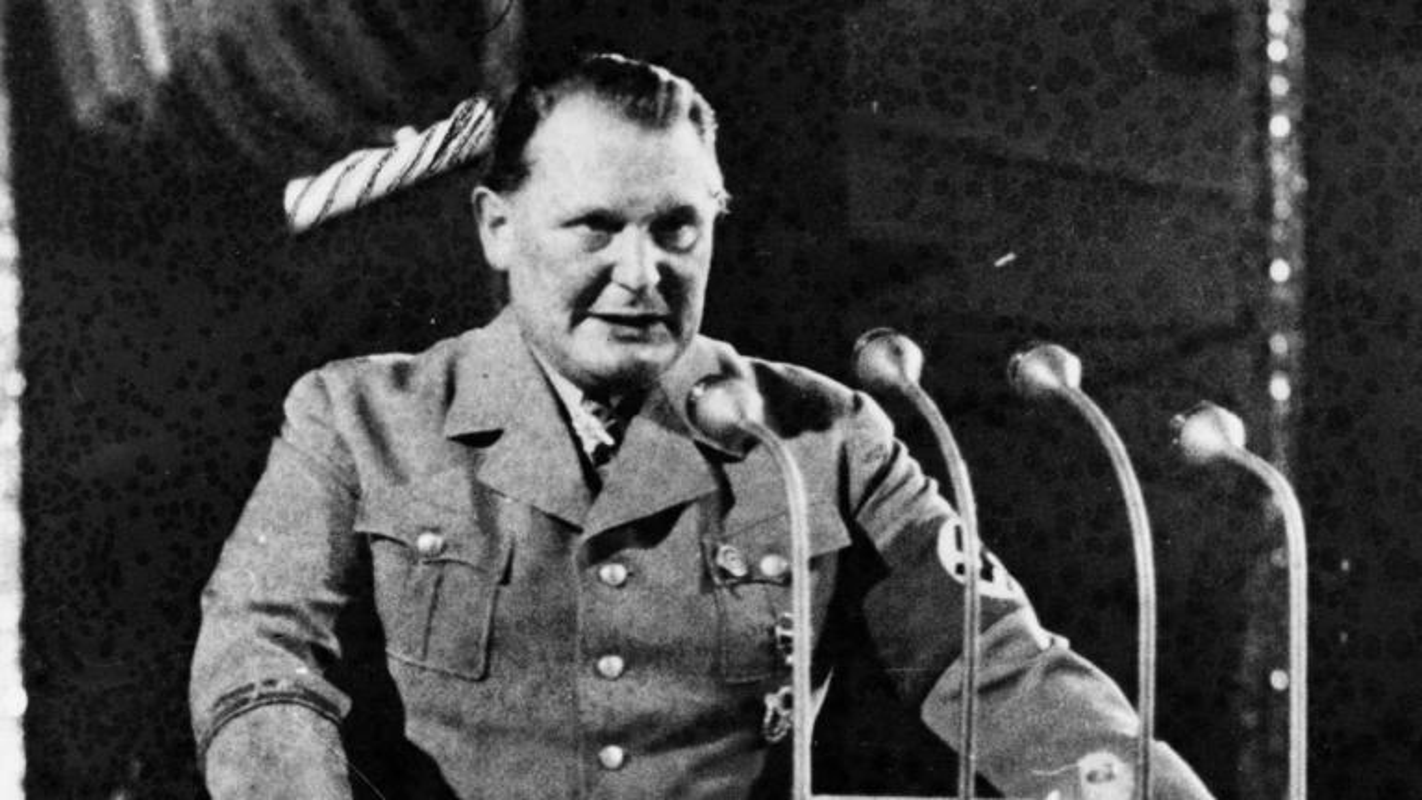 Ket tham cho tay sai dac luc cua trum phat xit Hitler