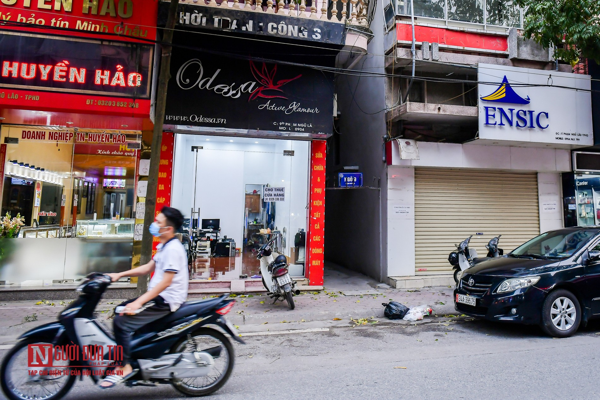Hai Duong: Hang loat cua hang treo bien sang nhuong do COVID-19-Hinh-7