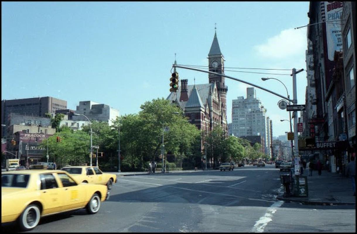 Bo anh kho quen thanh pho New York hoa le nam 1990
