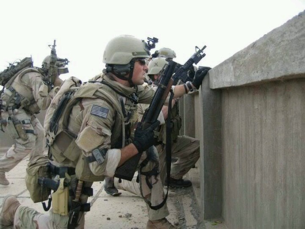 He lo bat ngo doi dac nhiem tieu diet trum khung bo Osama bin Laden-Hinh-4