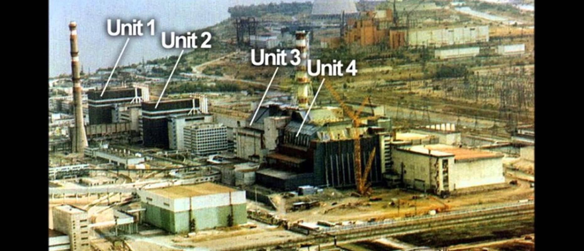 Nha may hat nhan Chernobyl co the phat no: Am anh tham hoa xua-Hinh-3