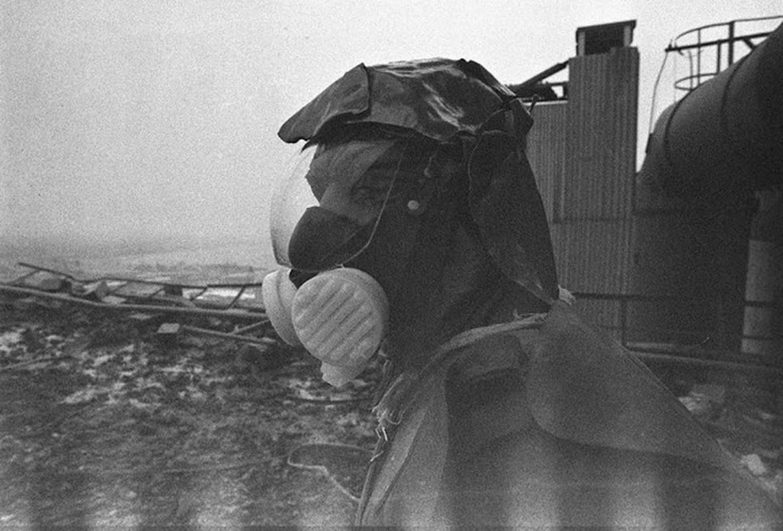 Nha may hat nhan Chernobyl co the phat no: Am anh tham hoa xua-Hinh-7