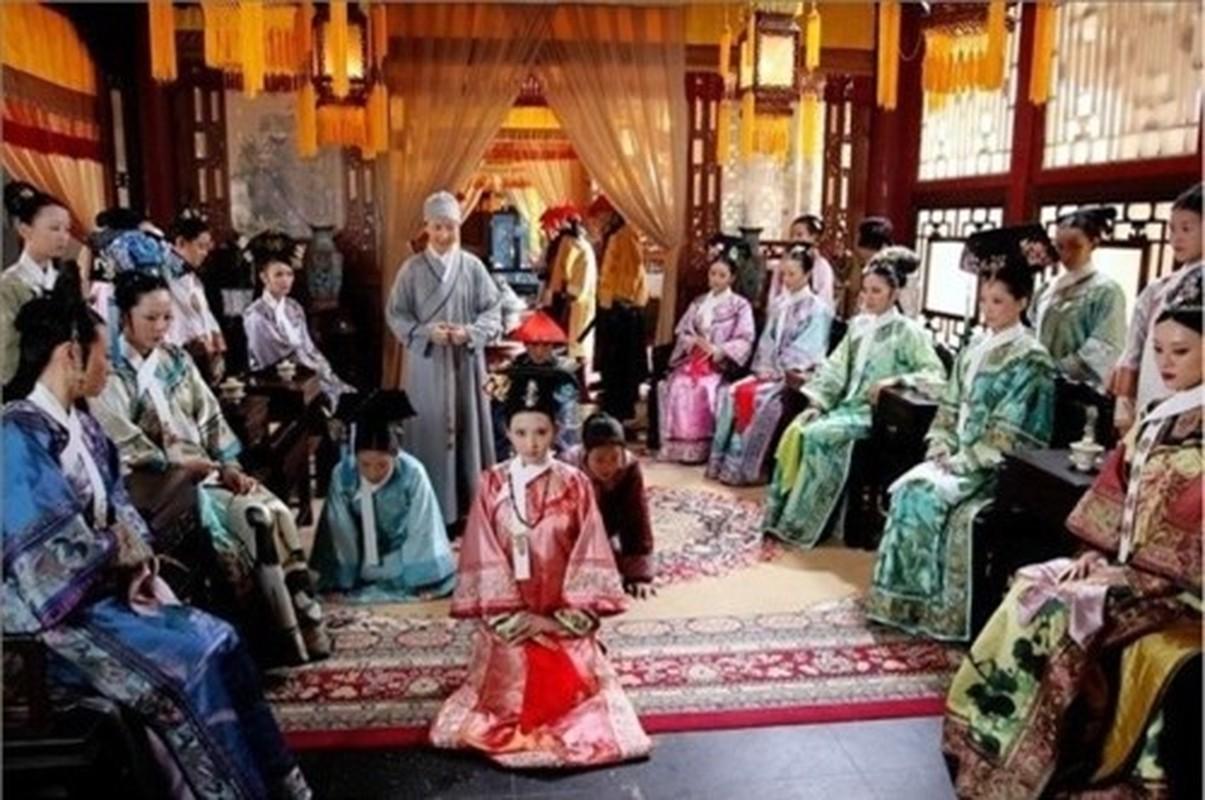 """""""Ban an tu chung than"""" cua cung nu Trung Quoc thoi phong kien-Hinh-10"""