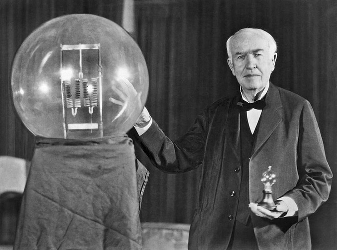 Su that ve phat minh bong den day toc noi tieng cua Thomas Edison