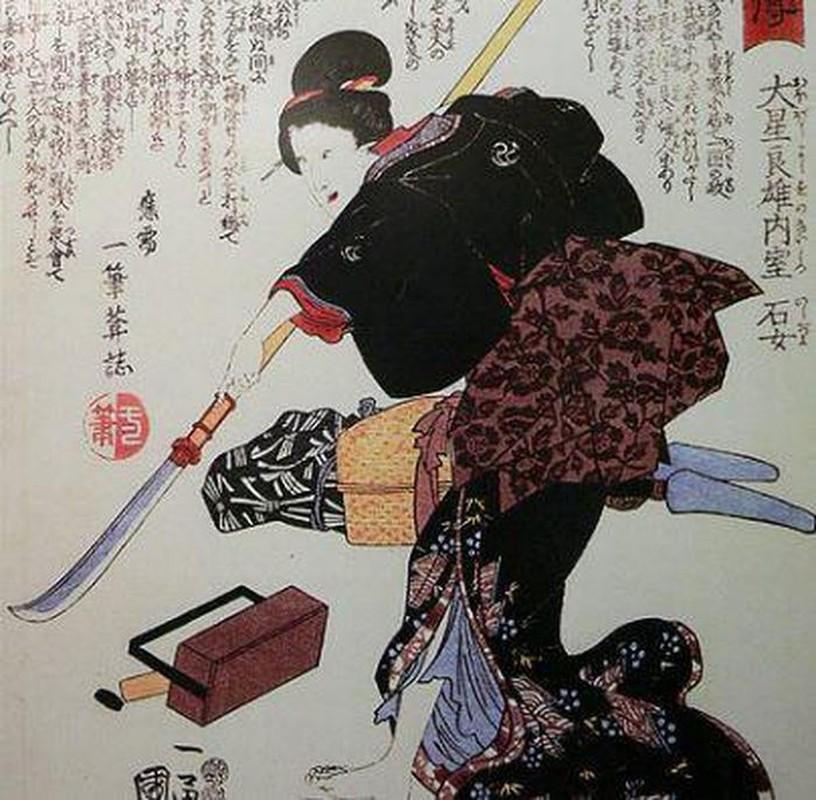 Nu ninja huyen thoai Nhat Ban am sat muc tieu chi voi 1 kep toc-Hinh-2
