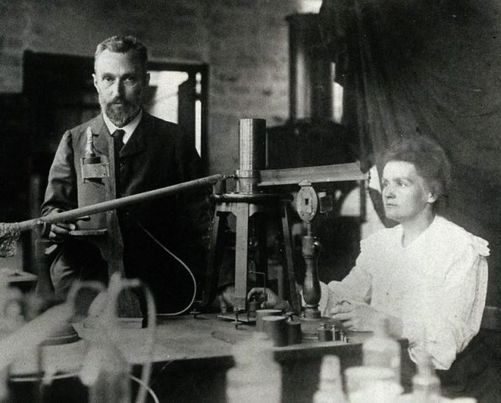 "Nha khoa hoc Marie Curie chet vi phat minh ""con de""?-Hinh-2"