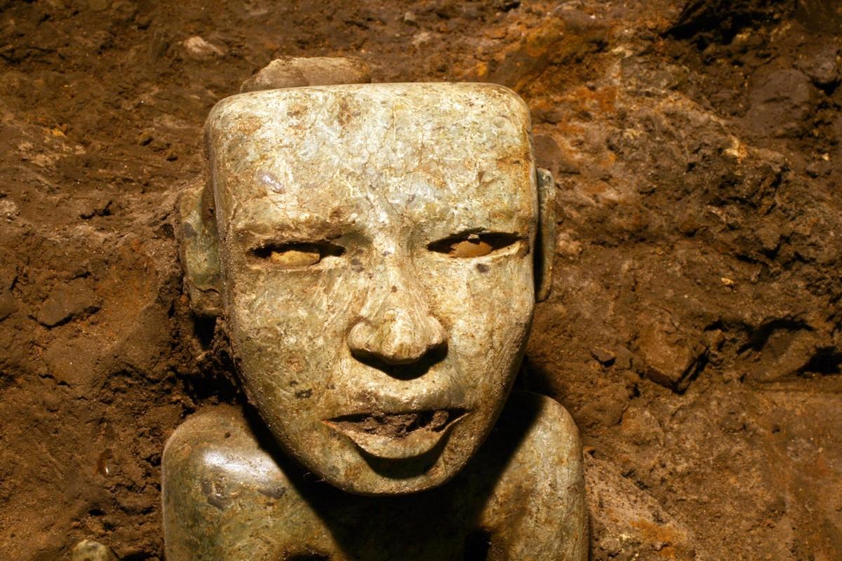 Kham pha bi an duong ham cua de che Aztec-Hinh-9