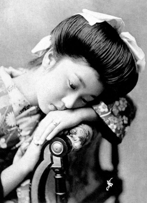 Anh tuyet dep nhung co gai duoc dao tao tro thanh geisha-Hinh-4