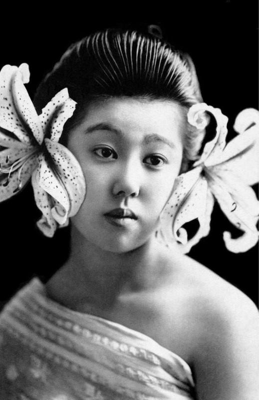 Anh tuyet dep nhung co gai duoc dao tao tro thanh geisha-Hinh-6