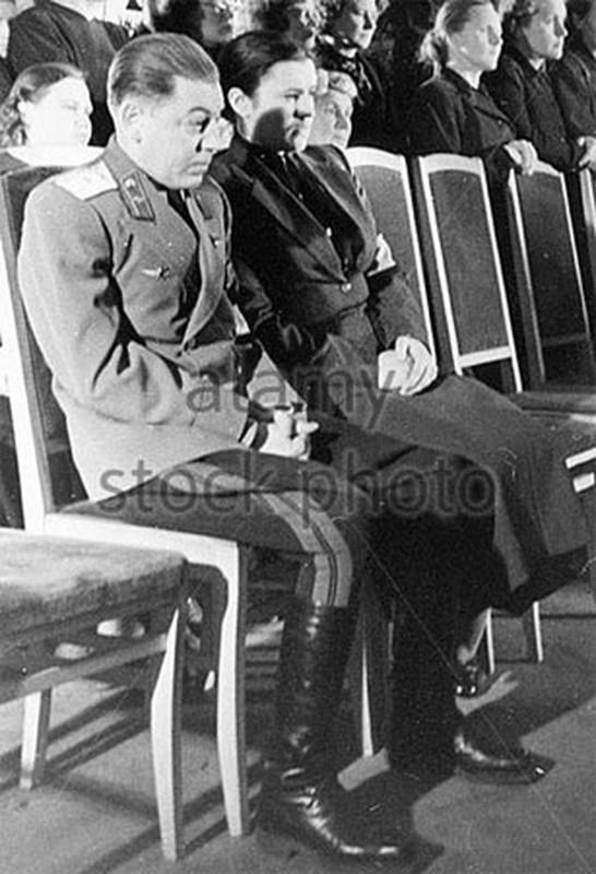He mo goc khuat cuoc doi con trai ut nha lanh dao Joseph Stalin-Hinh-4