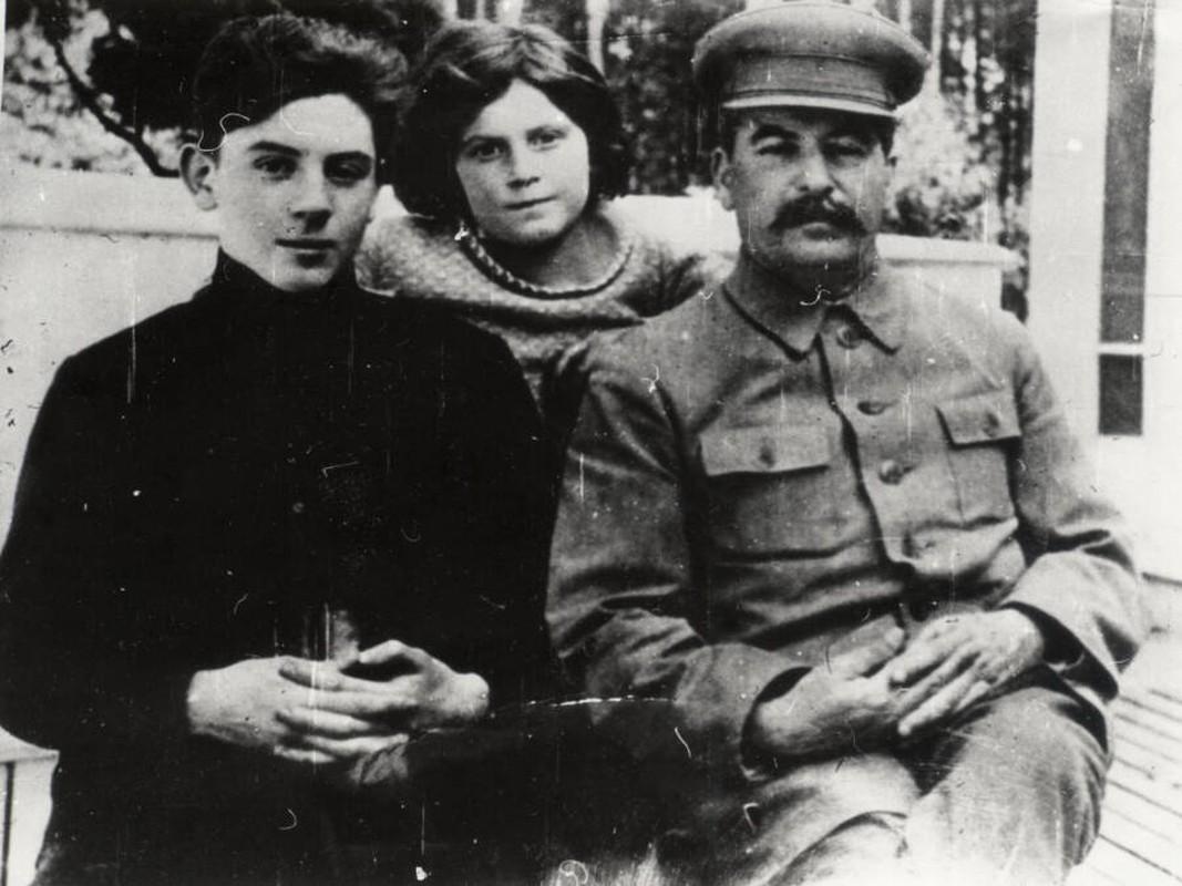 He mo goc khuat cuoc doi con trai ut nha lanh dao Joseph Stalin