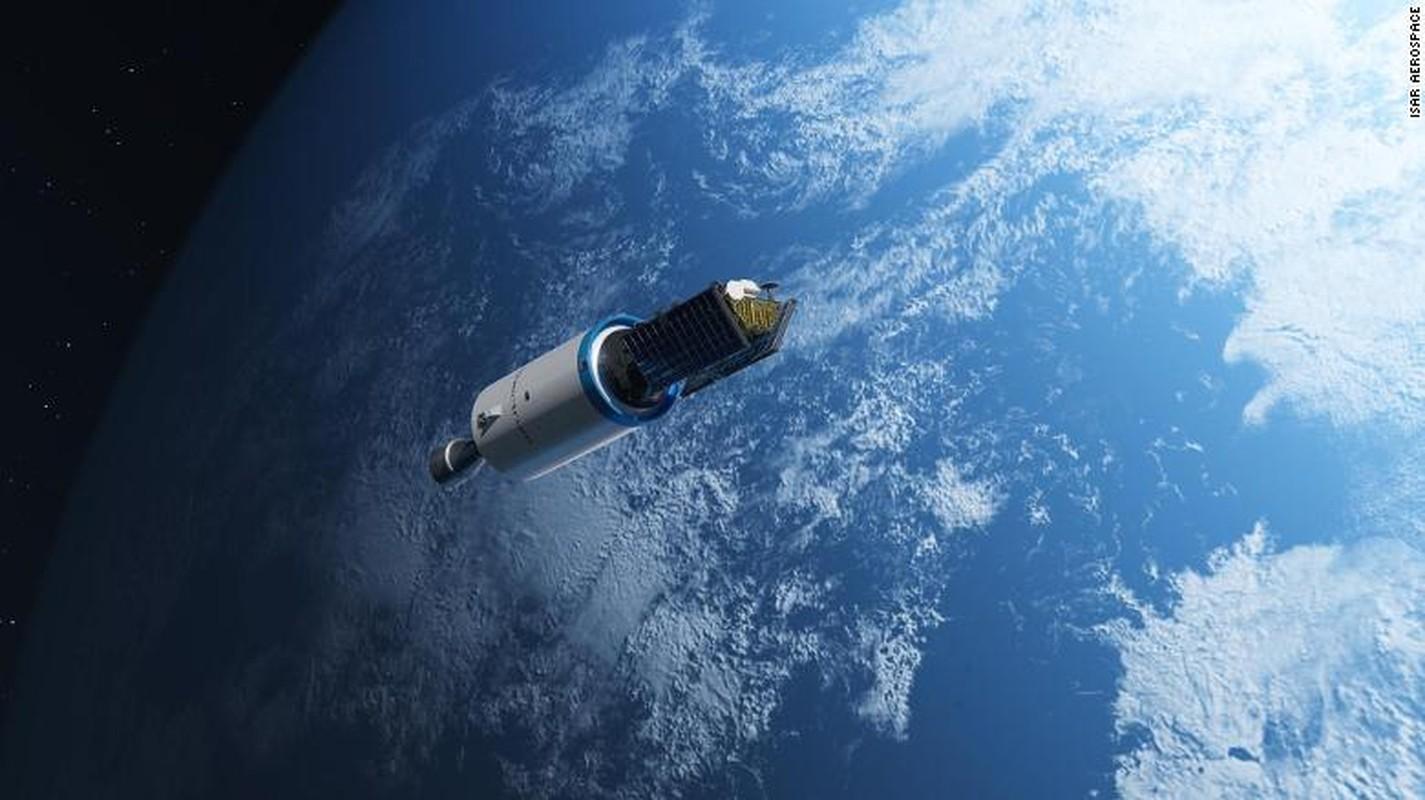 "Ganh voi SpaceX, ong lon nao doc ""nui tien"" tham gia cuoc dua vu tru?"