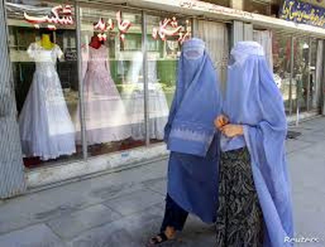 "Rung minh tuong lai ""ac mong"" cua phu nu Afghanistan khi Taliban nam quyen-Hinh-4"