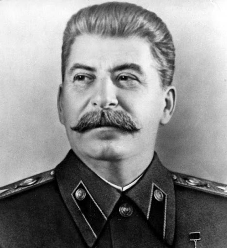 Bi mat it biet 2 cuoc hon nhan cua nha lanh dao Stalin-Hinh-10