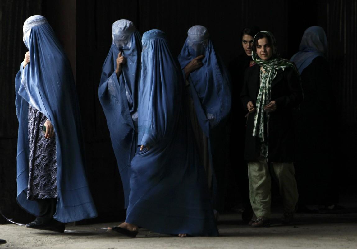 To mo cuoc song cua phu nu Afghanistan truoc khi Taliban nam quyen-Hinh-6