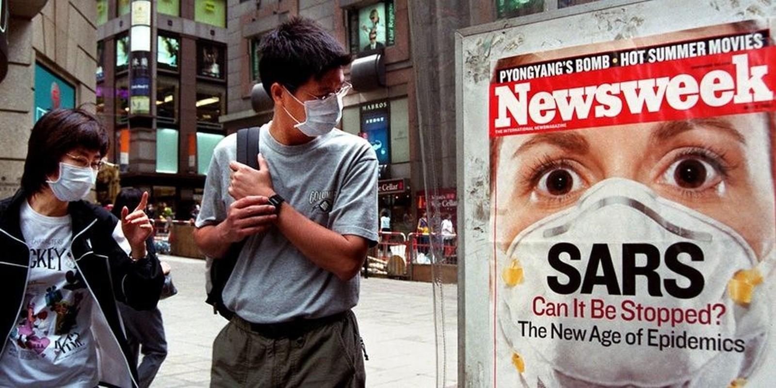Vi sao nguoi tung mac SARS da tiem vaccine COVID-19 khang moi bien the virus?