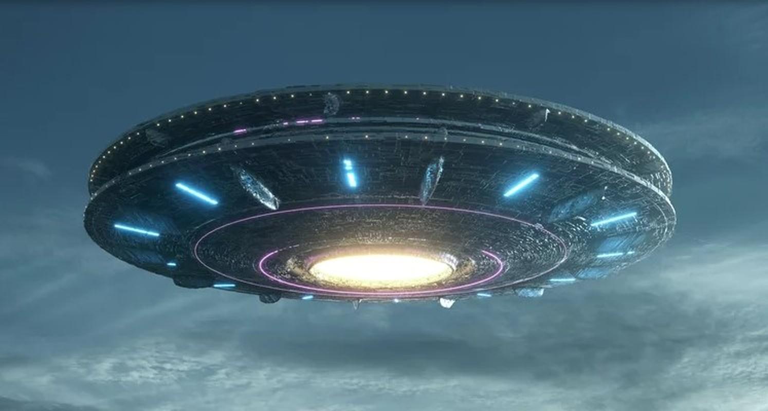 """Chan dong nhung vu """"dung do"""" UFO nay lua tren bau troi"""