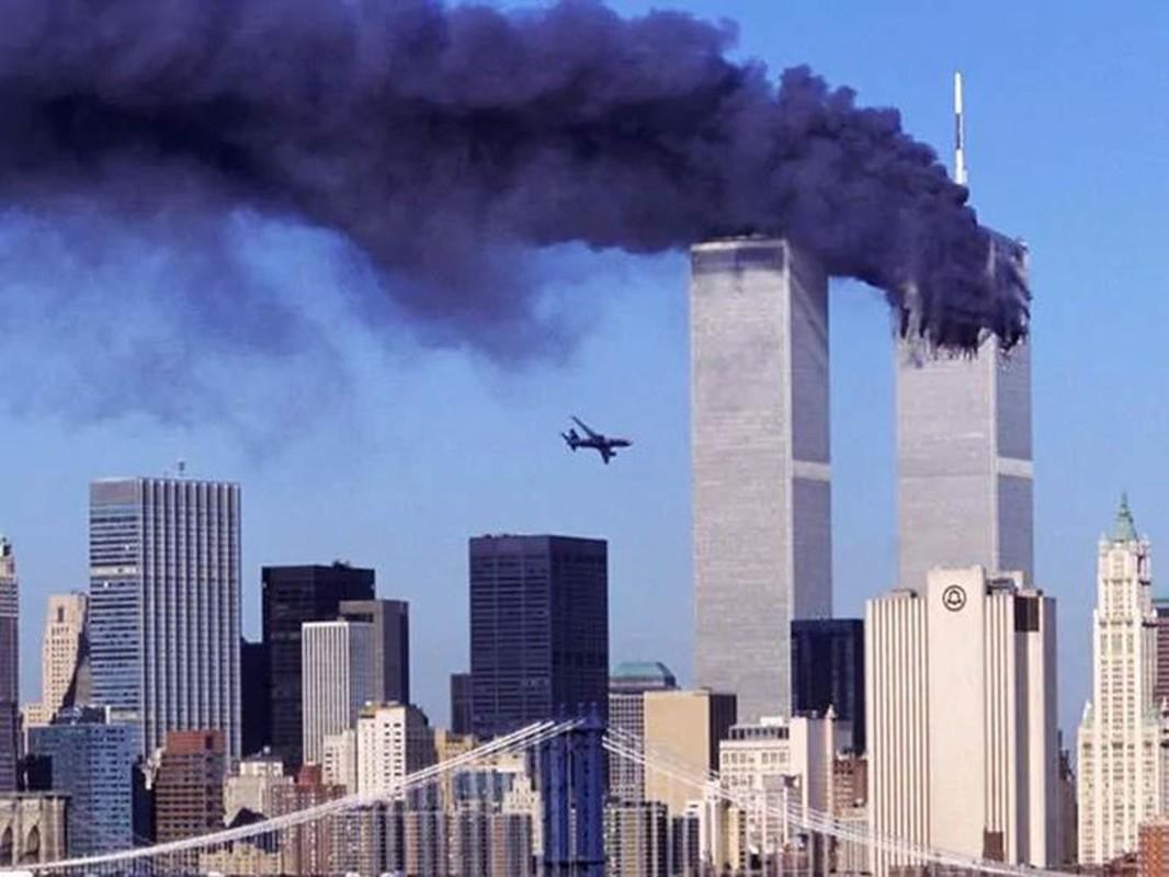 Ai giup nhom khong tac gay ra vu khung bo 11/9 dam mau?