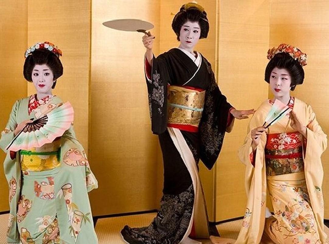 Bi mat giau kin ve qua trinh kho luyen cua Geisha Nhat Ban