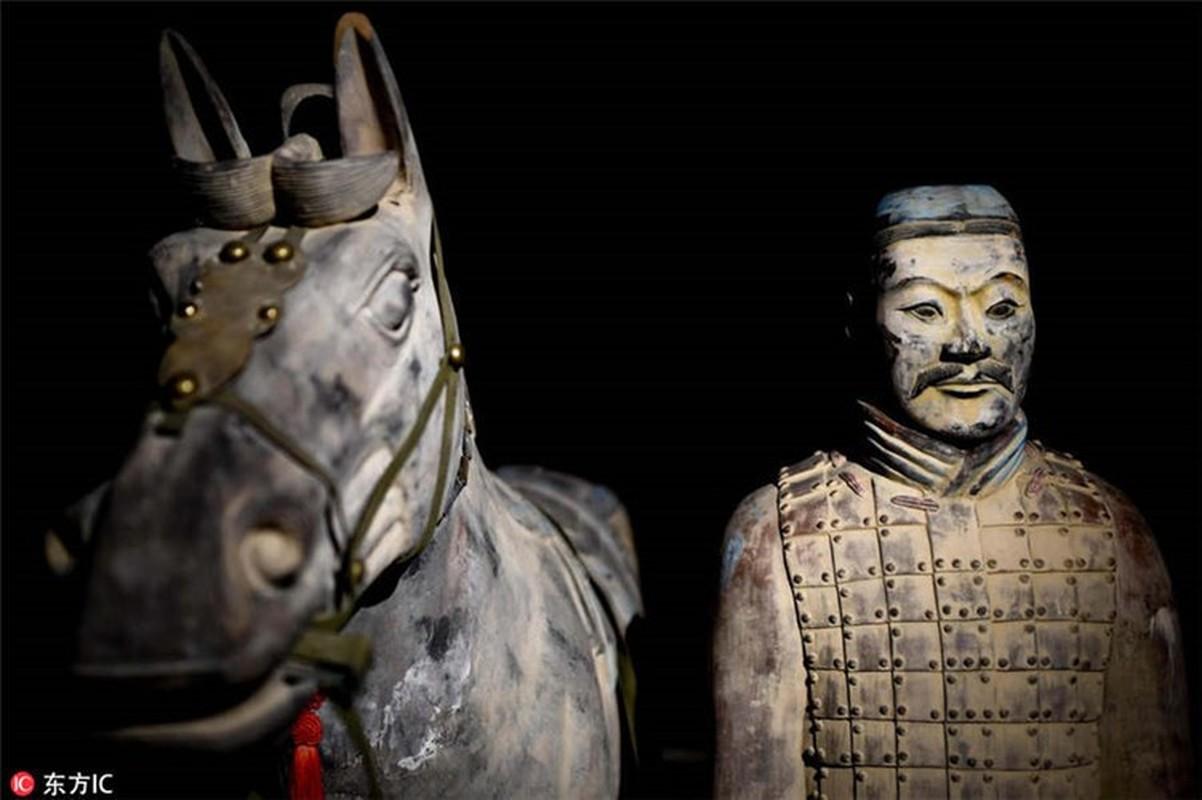 Ky bi 3 bo hai cot da trang trong mo Tan Thuy Hoang-Hinh-7