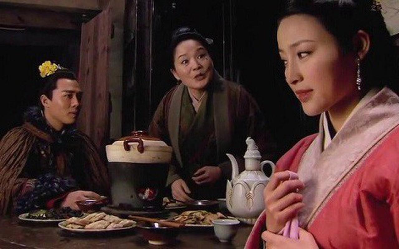 """Tay Mon Khanh dung chieu gi khien 20 my nhan """"say nhu dieu do""""?-Hinh-6"""