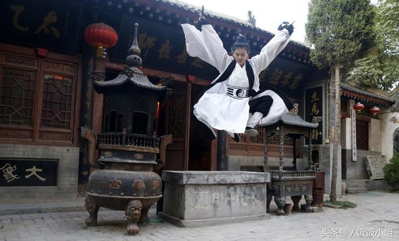 Phat hien gay soc Tieu Long Nu trong truyen Kim Dung: Co that ngoai doi!-Hinh-8