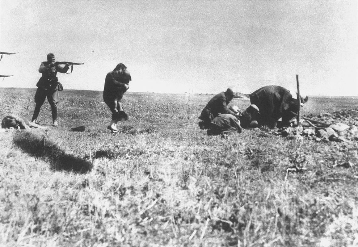 Lat lai vu tham sat cua Duc quoc xa o Lien Xo nam 1941-Hinh-7