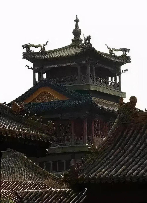 Giai ma 3 cung dien bat kha xam pham trong Tu Cam Thanh-Hinh-5