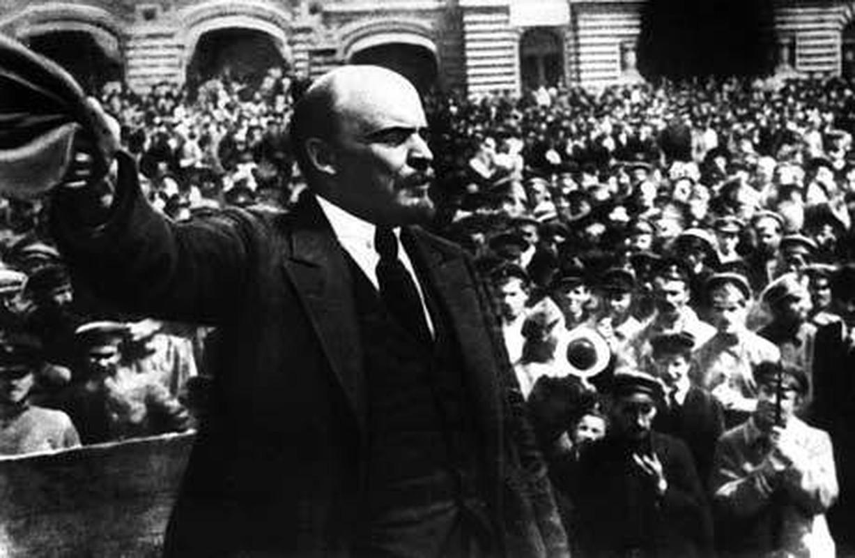 Tiet lo thu vi ve thoi tho au cua lanh tu Vladimir Lenin