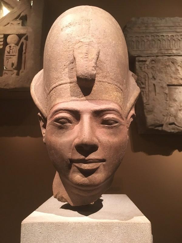 Chup cat lop, lo bi mat cuc choang ve xac uop pharaoh Ai Cap-Hinh-2
