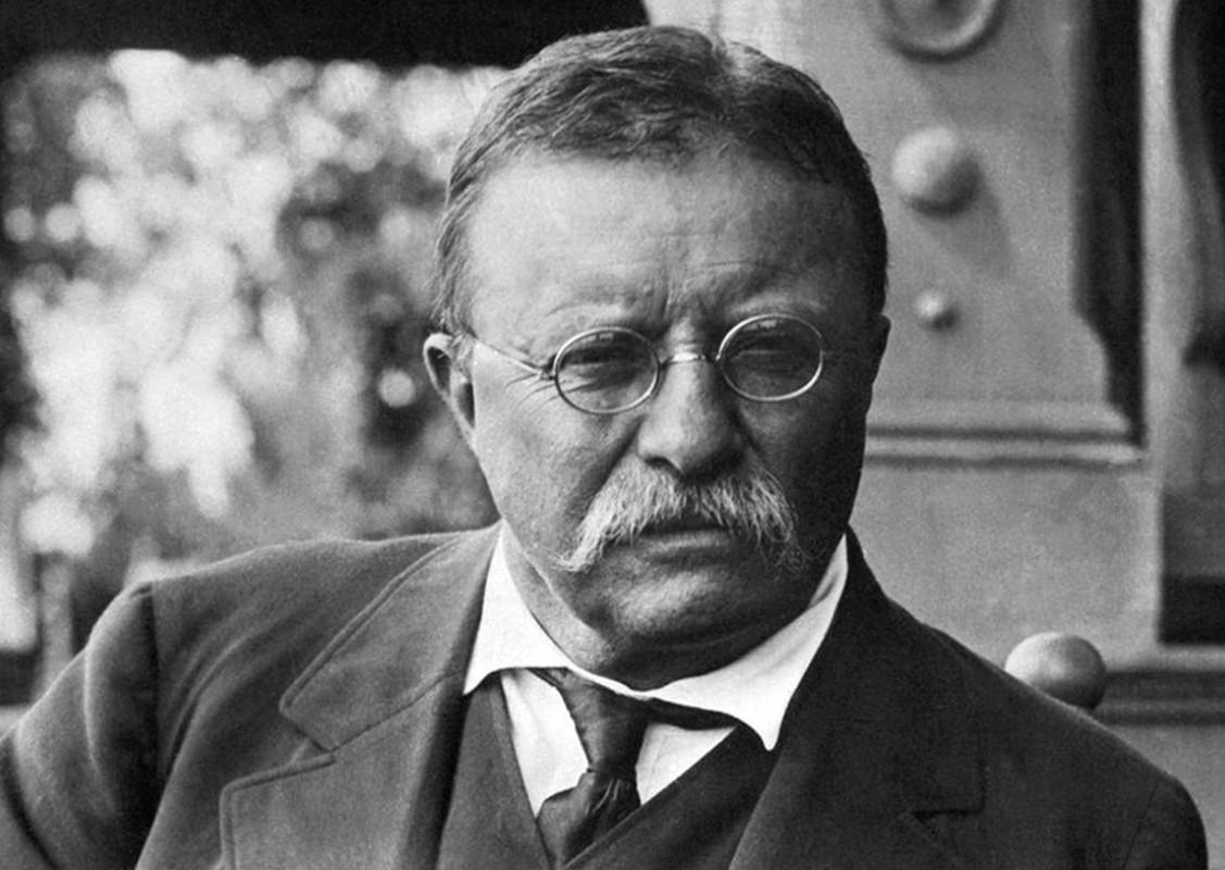 Cuc soc ly do Tong thong My Theodore Roosevelt suyt mu mot mat