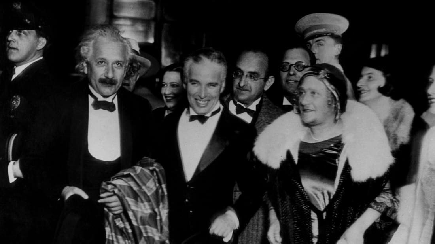 Bat ngo tinh ban dac biet giua Albert Einstein va vua he Sac lo-Hinh-2
