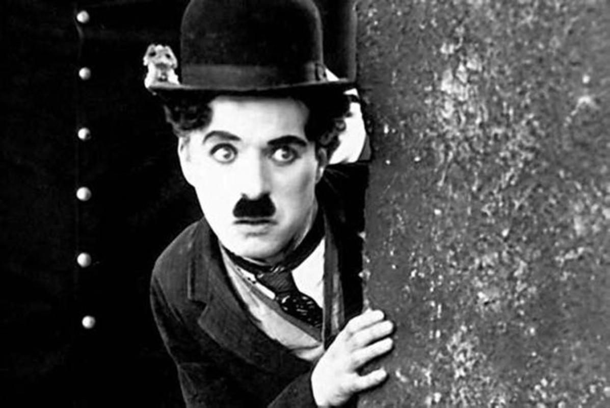 Bat ngo tinh ban dac biet giua Albert Einstein va vua he Sac lo-Hinh-5