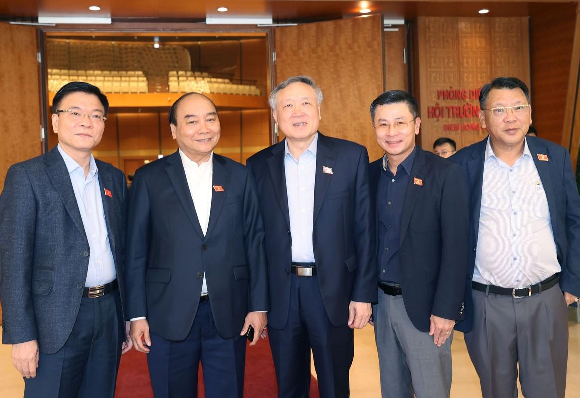 Ong Nguyen Xuan Phuc duoc gioi thieu bau Chu tich nuoc-Hinh-7