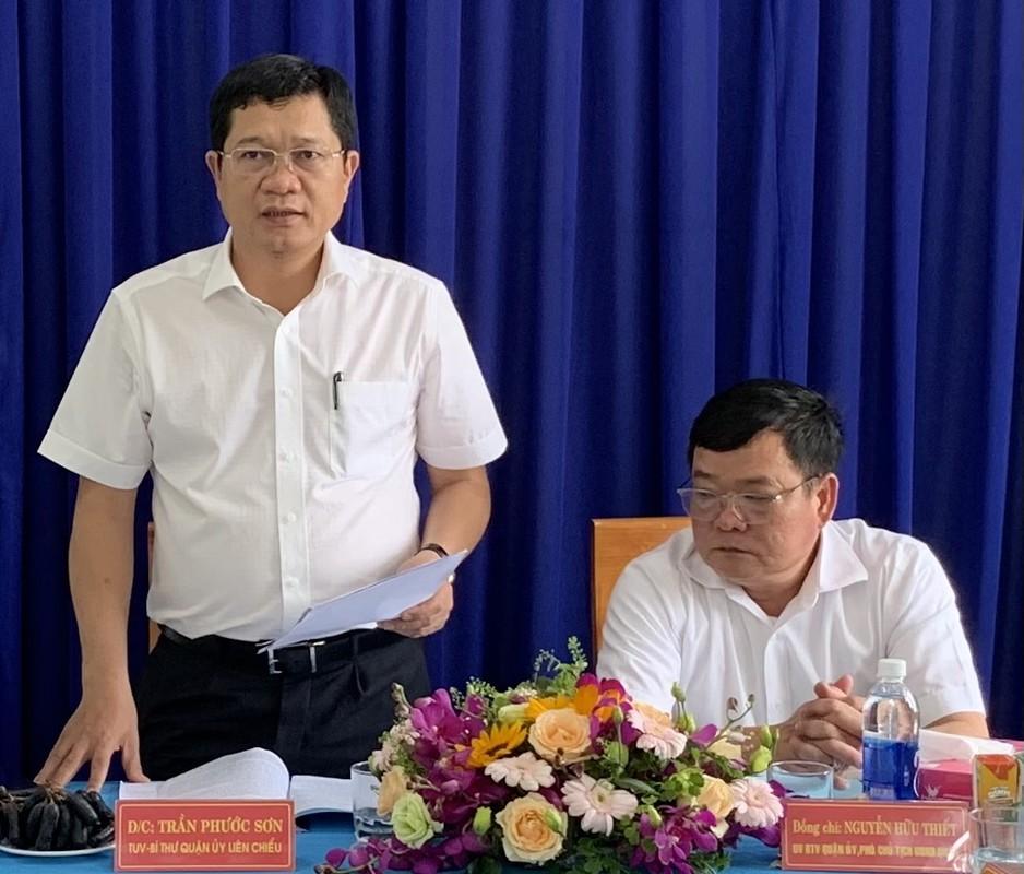 Chan dung 2 Pho Chu tich TP Da Nang vua duoc phe chuan-Hinh-4
