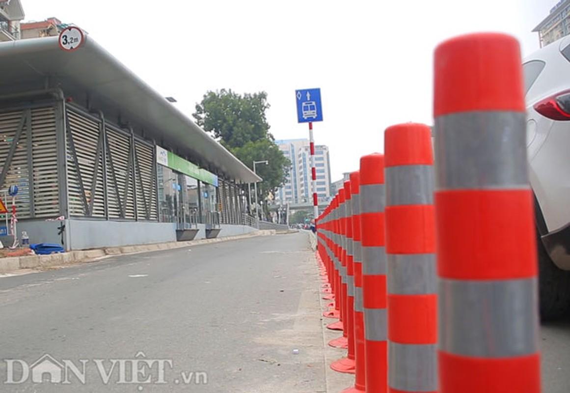 Ke dai phan cach cung, xe may van vo tu lan lan BRT-Hinh-5