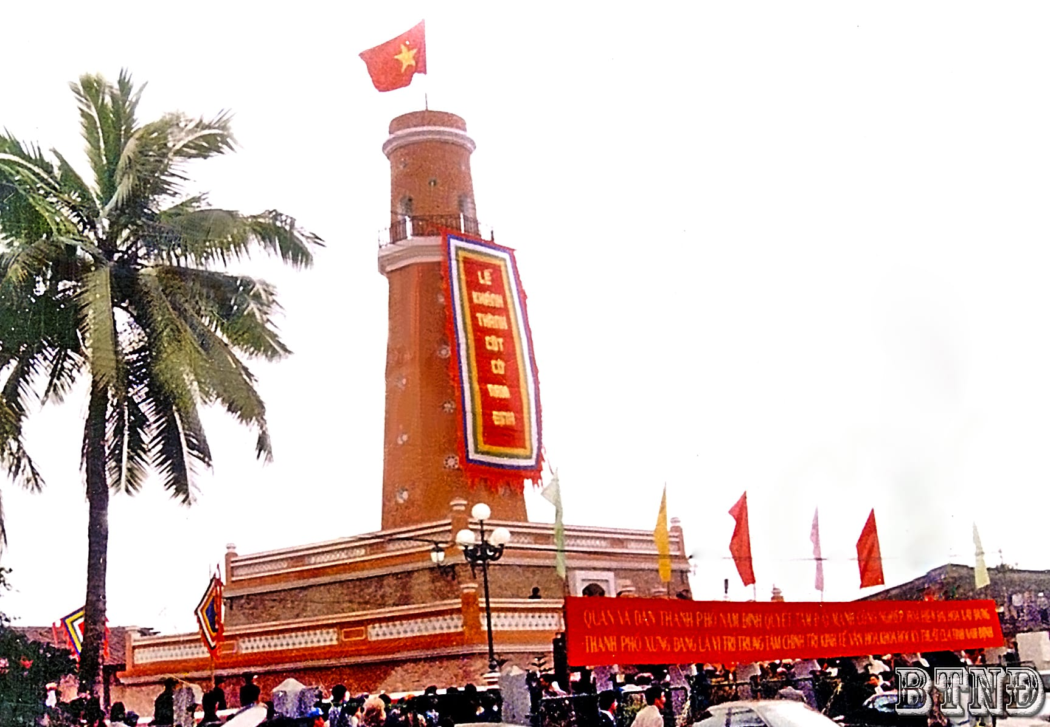 Guong nghia liet cua ba Chua Kho dat Thanh Nam-Hinh-6