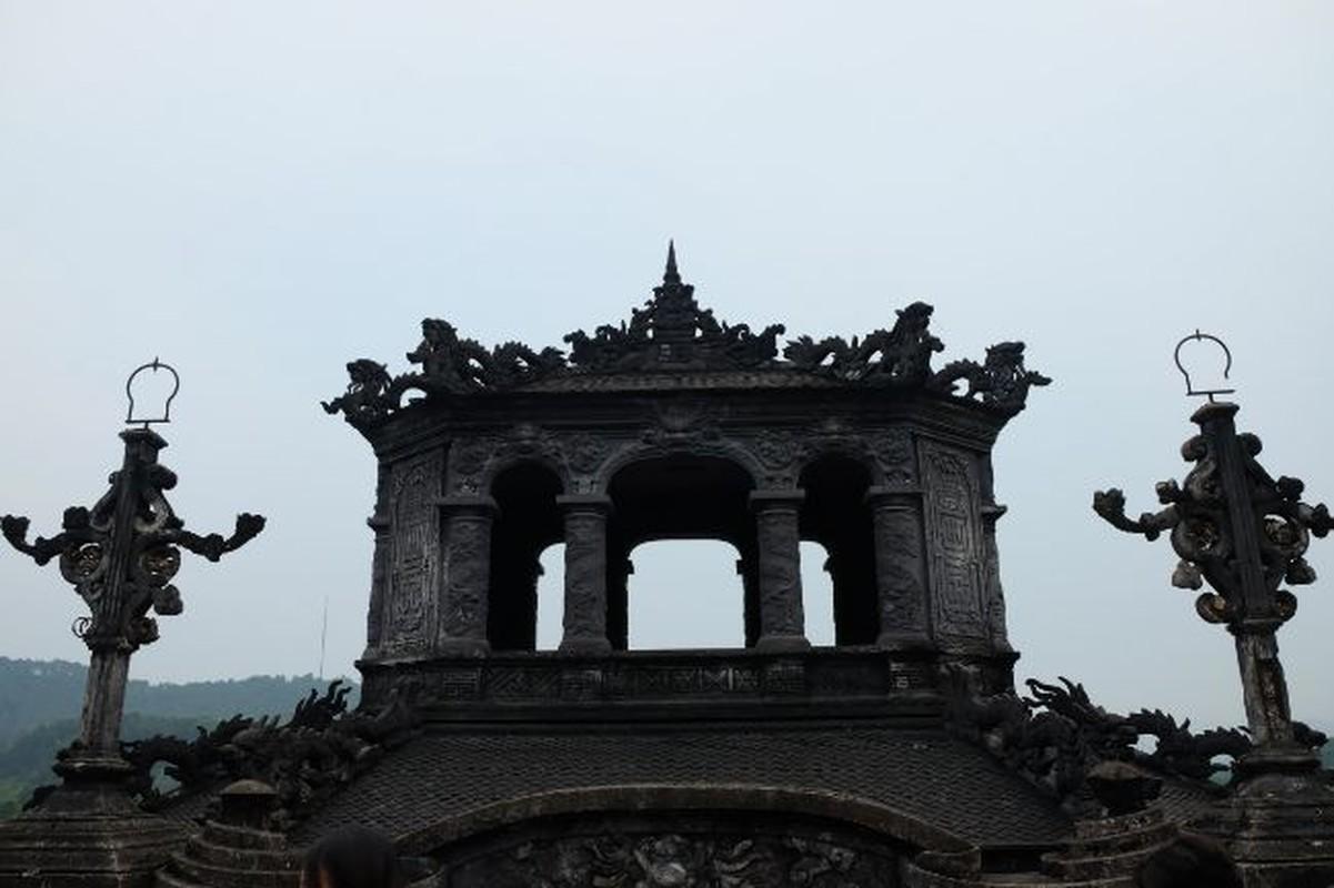 Loat cai nhat lam len su doc, la cua lang Khai Dinh-Hinh-9