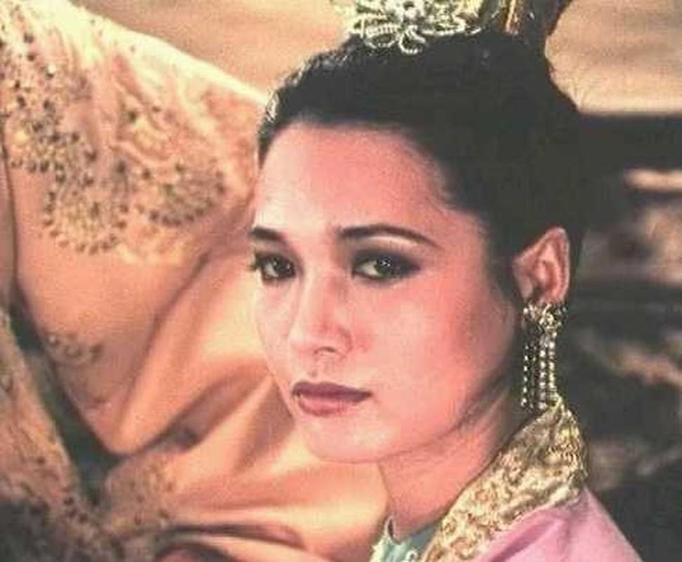 Ve dep me hoac chua Trinh cua my nu Dang Thi Hue