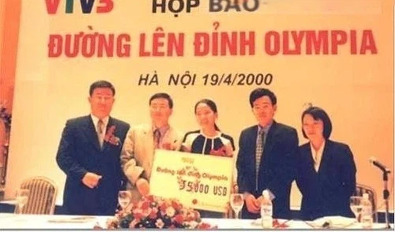 Hai nu quan quan Duong len dinh Olympia mua dau gio the nao?-Hinh-2