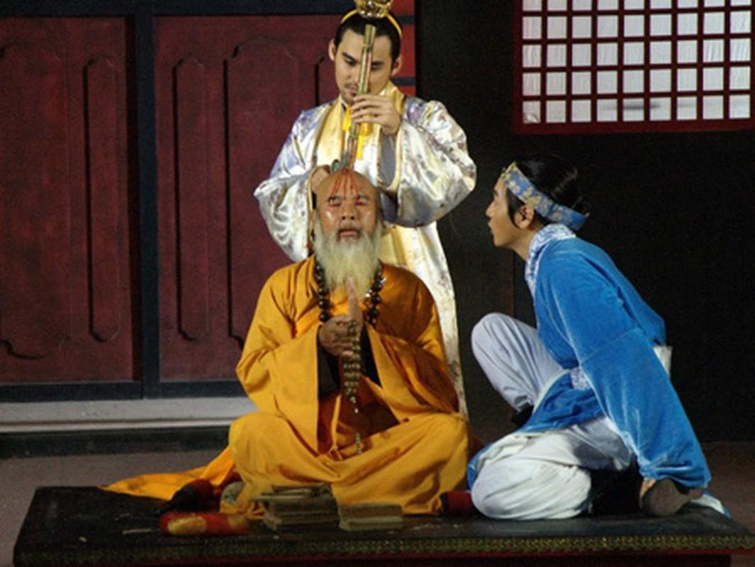 Nhung thu vui ron nguoi cua Vua Le Long Dinh-Hinh-6