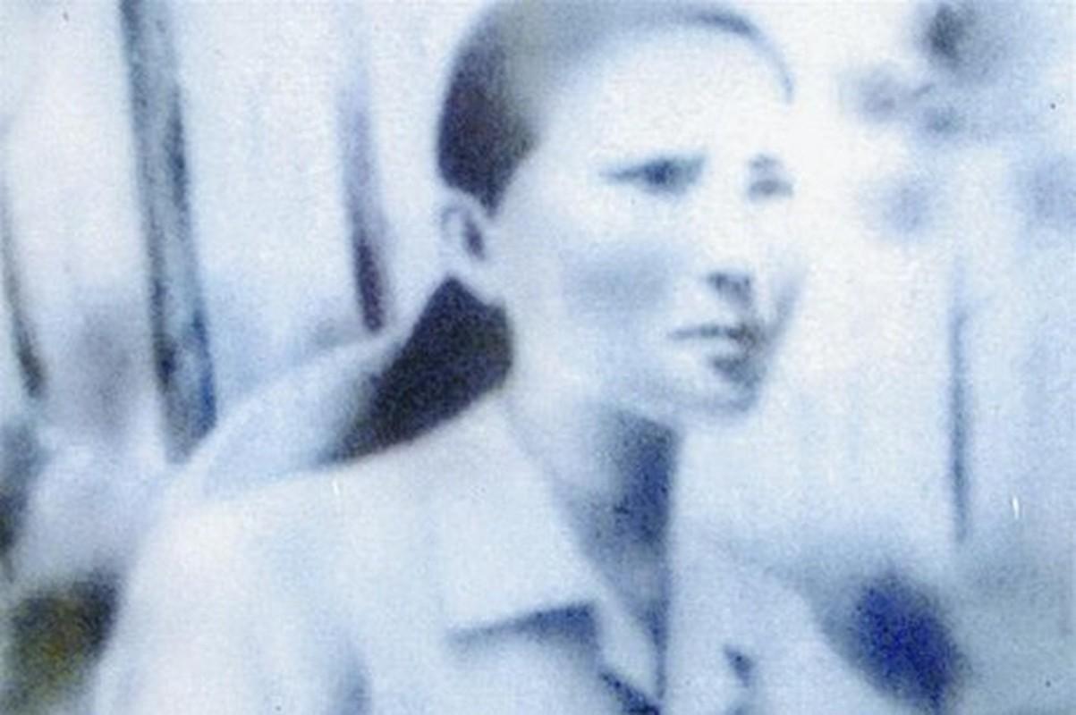 Guong nghia liet cua nguyen mau tac pham Nguoi me cam sung-Hinh-3
