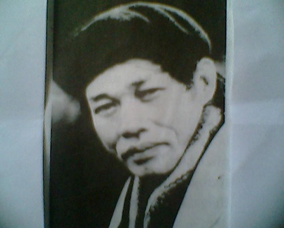 """Tinh dep va """"la"""" trong Manh trang cuoi rung cua Nguyen Minh Chau-Hinh-12"""