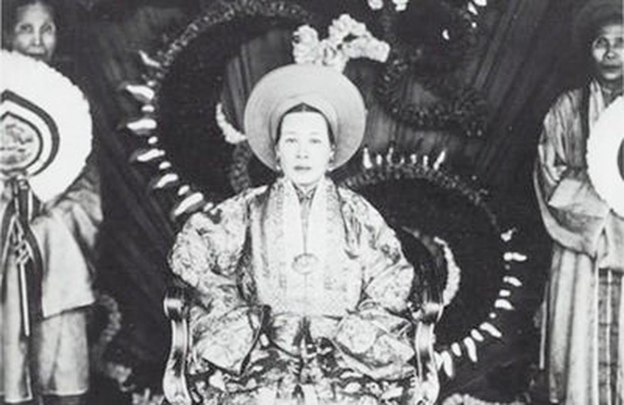 Chan dung ba hoang song qua 10 doi vua Trieu Nguyen-Hinh-5