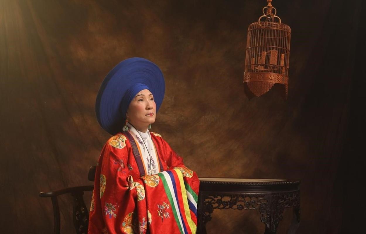 Chan dung ba hoang song qua 10 doi vua Trieu Nguyen-Hinh-8