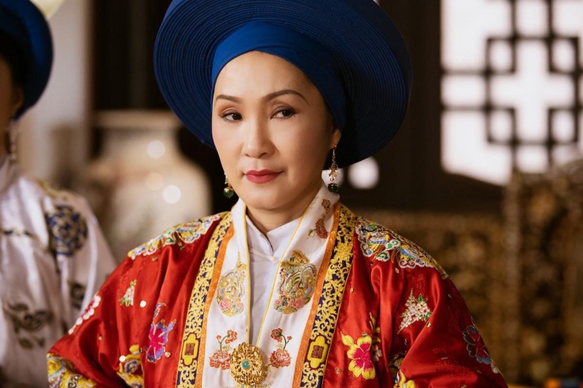 Chan dung ba hoang song qua 10 doi vua Trieu Nguyen-Hinh-9