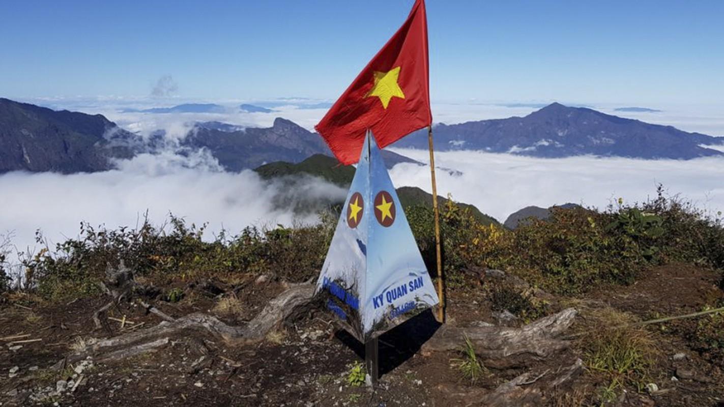 Kham pha 6 dinh nui cao, huyen bi nhat Viet Nam o Lai Chau-Hinh-7