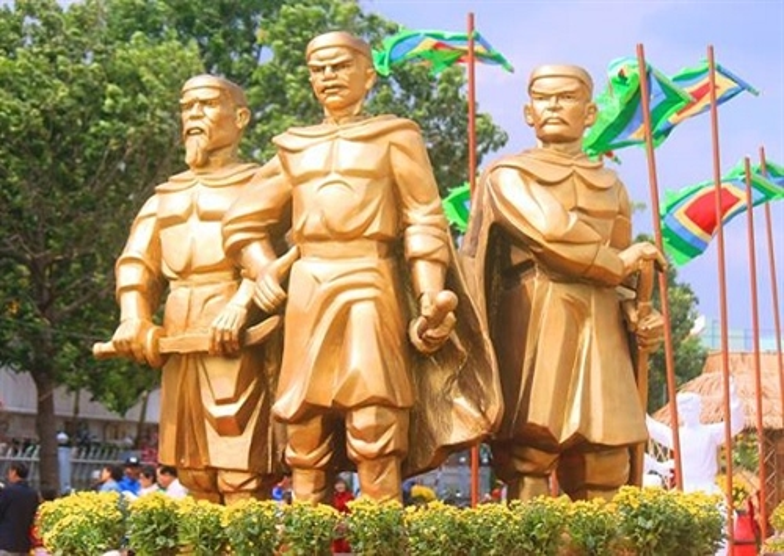 Khong noi tieng nhu anh trai Nguyen Hue, Nguyen Lu co tai gi?-Hinh-13