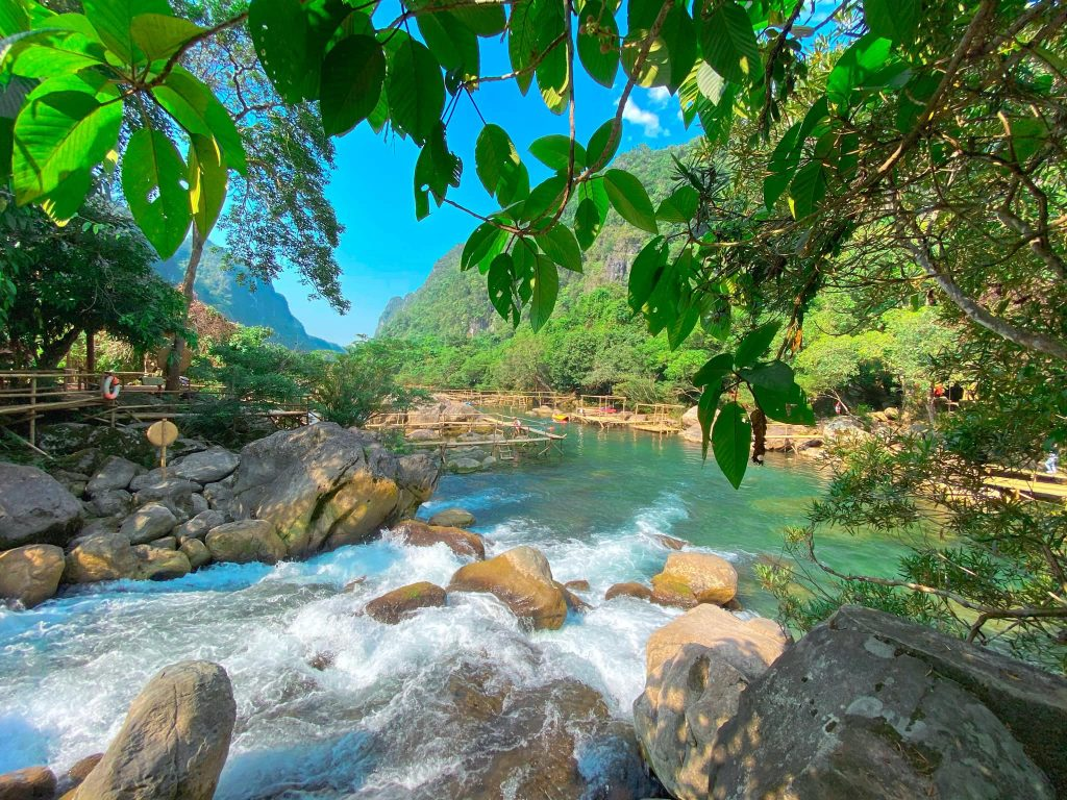 Man nhan loat bau vat vo gia o VQG Phong Nha - Ke Bang (2)-Hinh-9